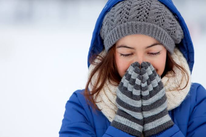 You Should Wear Sunscreen In Winters: Here's Why!